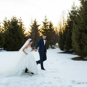 Bellamere Winery London Ontario Wedding Venue Winter Snow Rustic Wedding Venue Romantic