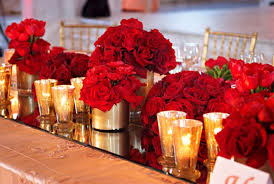 red-and-gold-small-decor